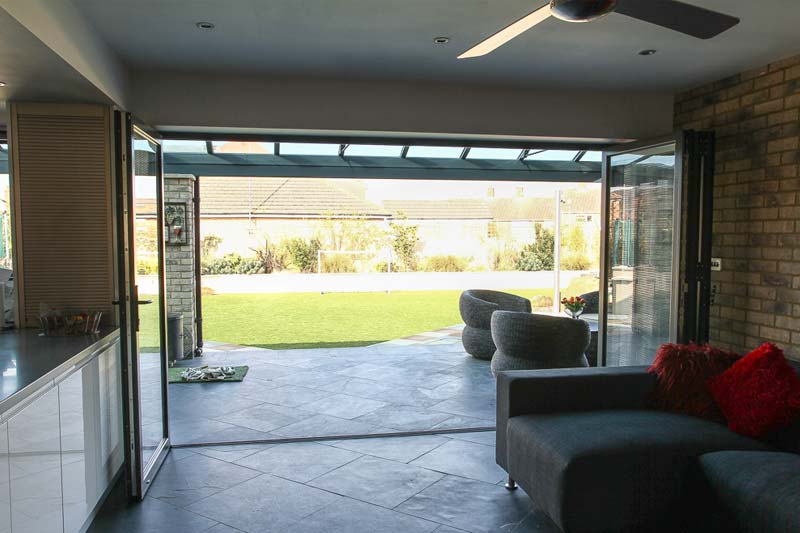 Bi folding aluminium doors shaws of brighton