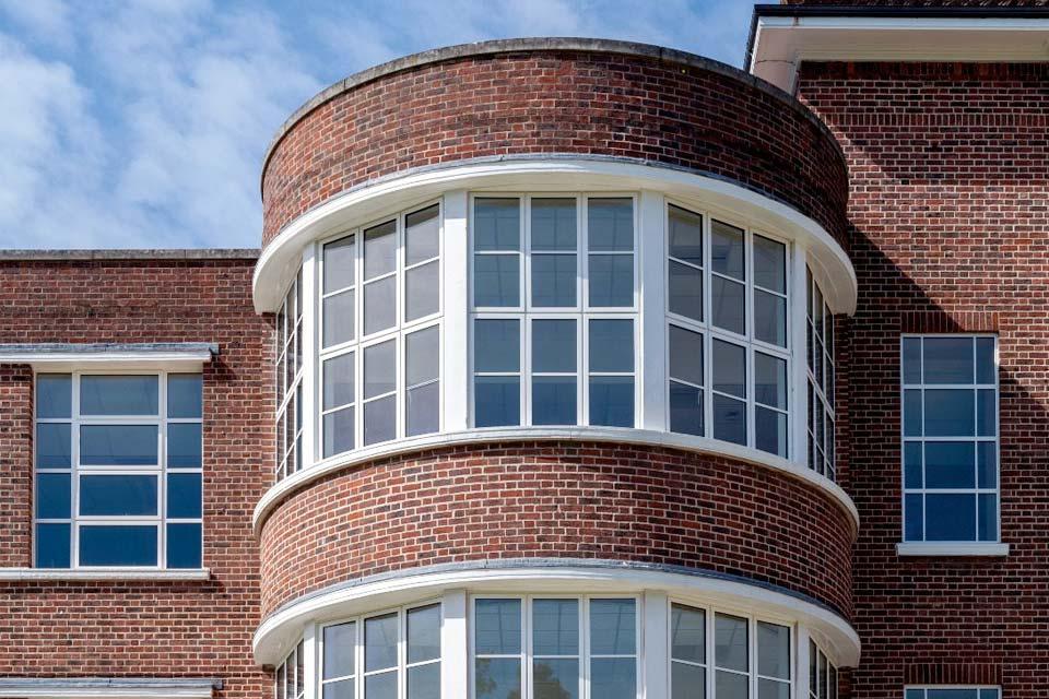 High performance aluminium windows