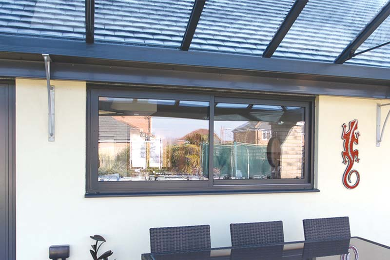 Shaws of brighton aluminium horizontal sliding windows