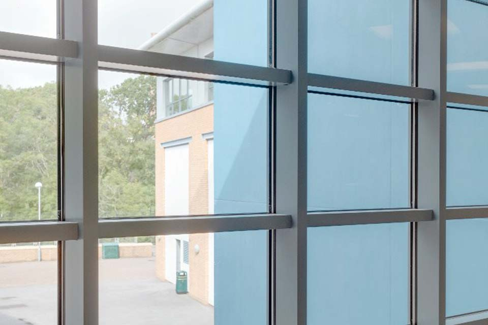 Aluminium curtain walling brighton