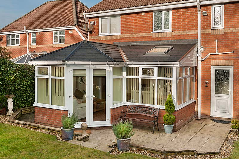 Garden rooms shaws