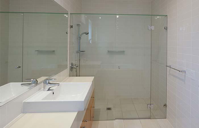 Glass shower screens brighton 3