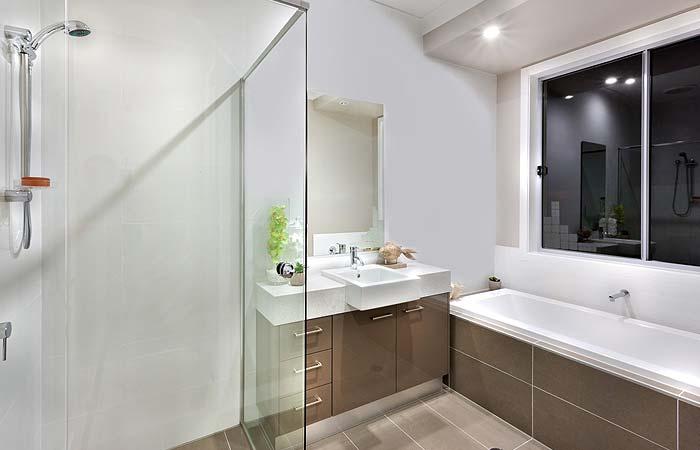 Glass shower screens brighton