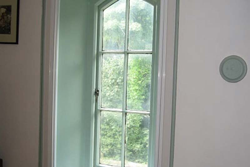 Shaws lift out secondary glazing