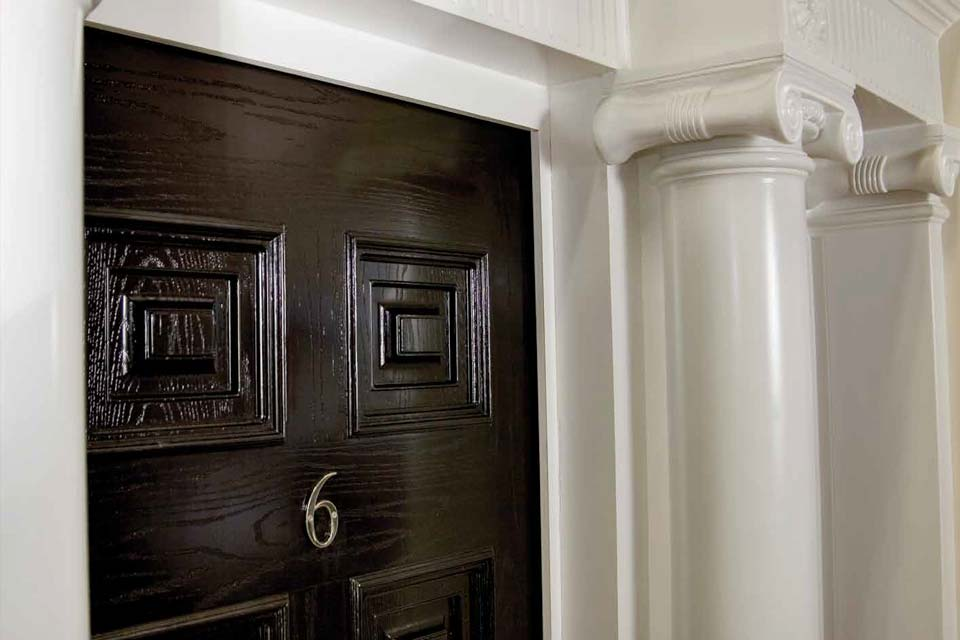 Timber effect detail palladio door