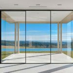 Sleek 4700 sliding door