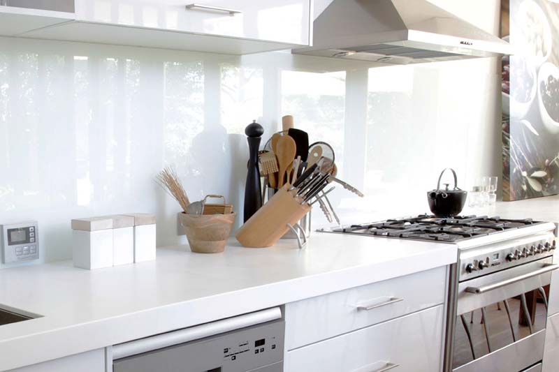 White kitchen splashbacks brighton