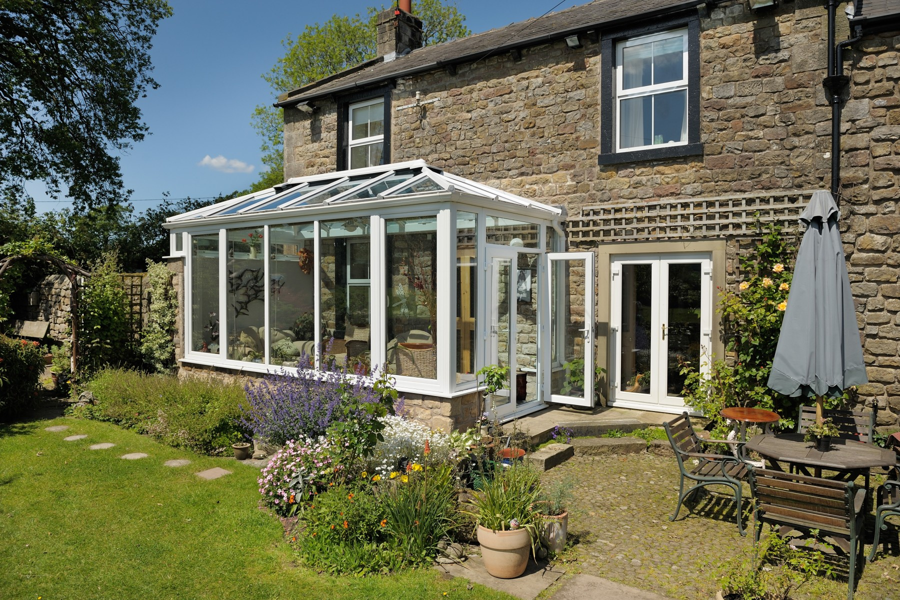 Classic System Ultraframe Roof Systems Shaws Of Brighton