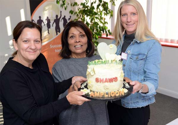 Shaws of brighton win first place with cake