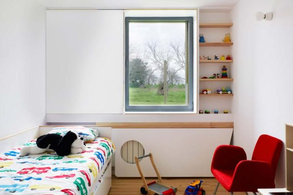 Cor 7 hidden sash window bedroom