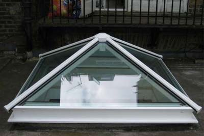 Pyramid roof lights 9