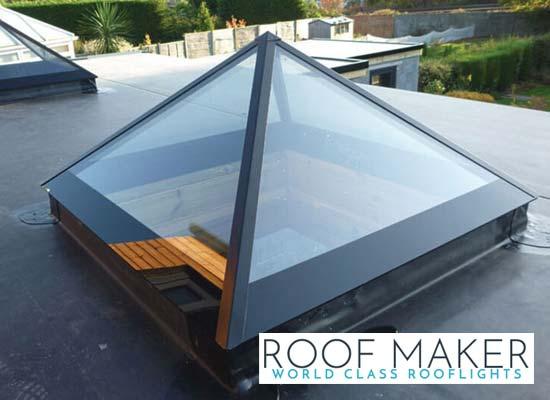 pyramid-roof-lantern-exterior-shot-of angles-reflecting-sun-light