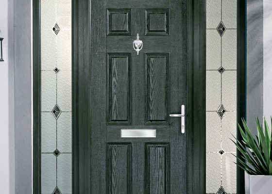Apeer traditional composite door 1