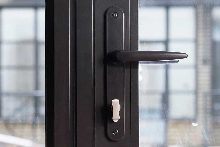 Alitherm heritage doors harddware title=